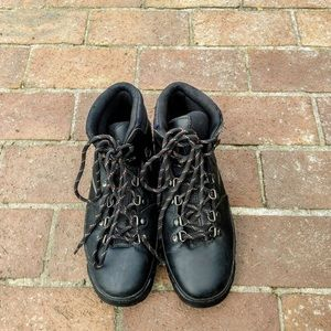 Vintage Authentic Black Timberland Hiking Boots
